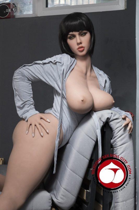 Sex doll Lana 163cm TPE Sex D