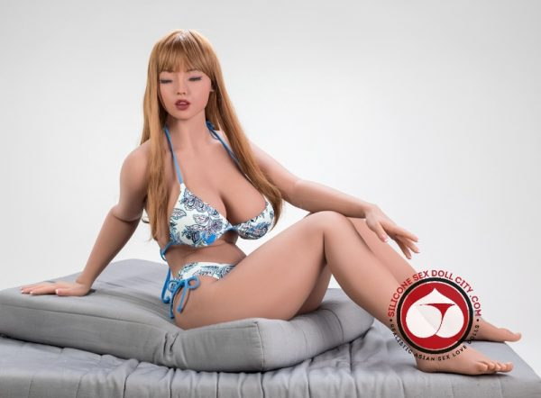 realistic asian sex doll